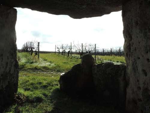 dolmen view
